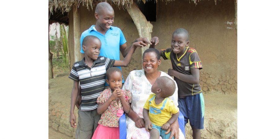 Home / Oeganda / Ik durf nu wel voor een miljoen mensen te spreken: www.kleinegoededoelen.nl/verhaal/ik-durf-nu-wel-voor-een-miljoen...