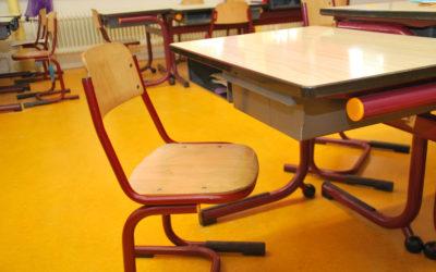 School-tafe-stoel-onderwijs-kinderen_-groot-400x250-1.jpg