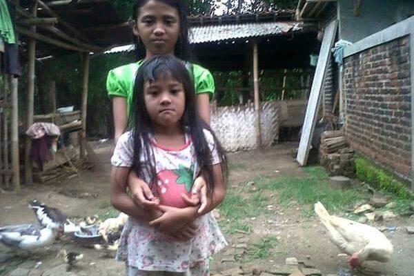 Nadia-en-Salsa-verlorenhun-moeder-en-waren-onze-eerste-leerlingen.jpg